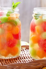 Aperçu iPhone fond d'écranDeux tasses de boissons aux fruits, froides, feuilles de menthe
