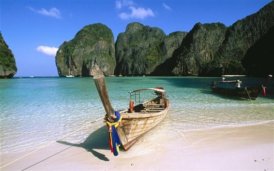 Fondos de pantalla Un barco en la playa en verano