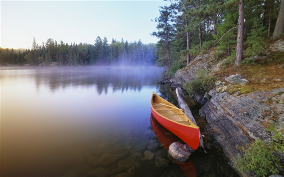 Wallpaper Canoe on Pinetree Lake