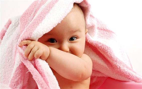 Wallpaper Curious cute baby