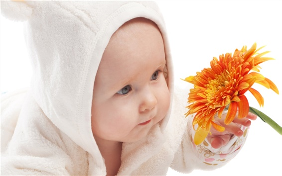 Wallpaper Cute baby take the flower