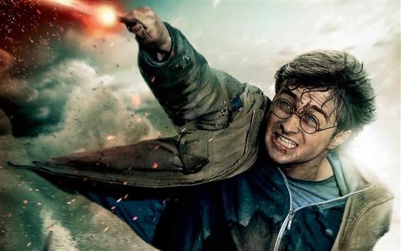 Wallpaper Harry in HP7 part 2