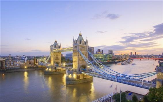 Wallpaper River Thames and Tower Bridge at Dusk