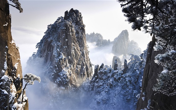 Wallpaper Huangshan Mountains in Winter in Anhui, China