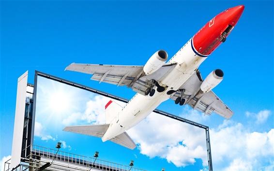 배경 화면 화면 밖으로 비행하는 비행기