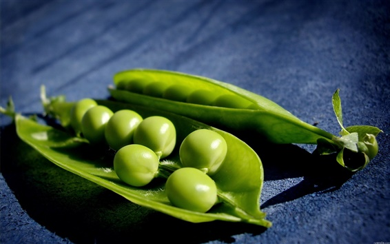 Wallpaper Green peas macro background