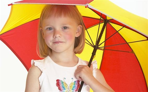 Обои Зонтик от милой девочкой
