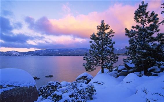 Wallpaper Lake at dusk in winter