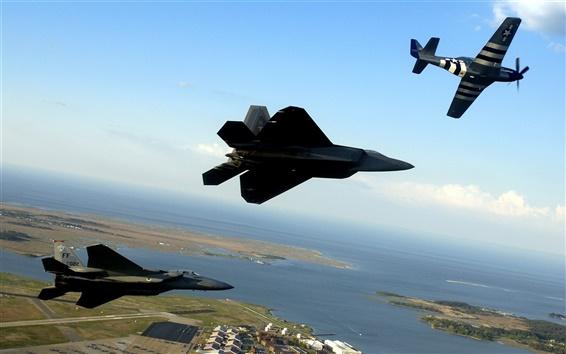 Обои Три высокого полета самолета