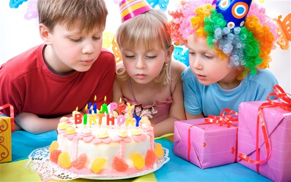 Wallpaper Lovely children celebrate birthday