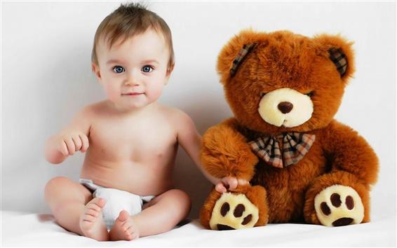 Fondos de pantalla Bebé y el oso de peluche de fotos