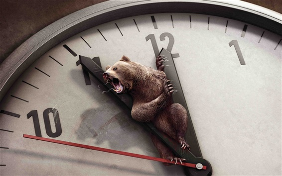 Wallpaper Creative picture of bear on the clock dial