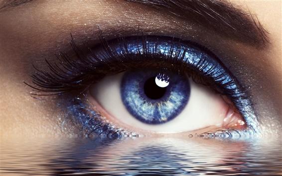 Обои Глаза с водой творческих крупным планом