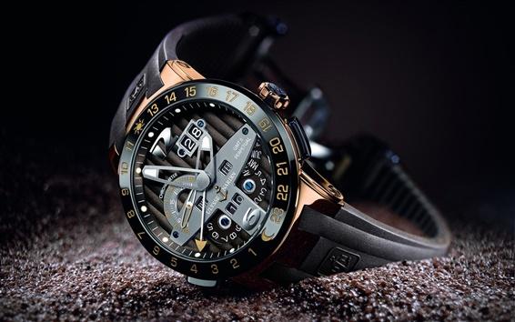 Wallpaper Exquisite workmanship of the watch