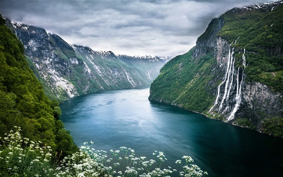 Wallpaper Beautiful scenery of Norway Geiranger Fjord