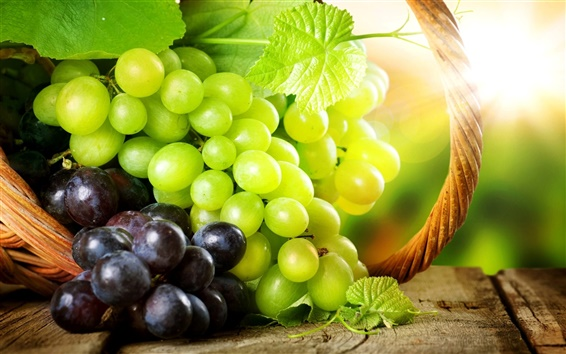 Wallpaper Delicious green grapes and red grapes