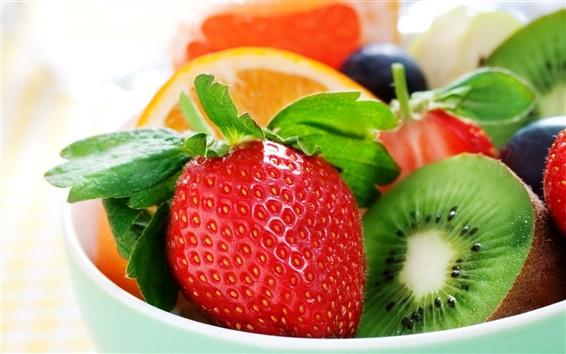 Обои Свежие фрукты, клубника, киви, апельсины