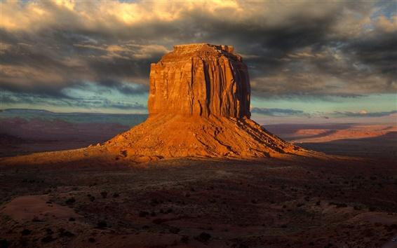 Wallpaper Rock hill in the desert