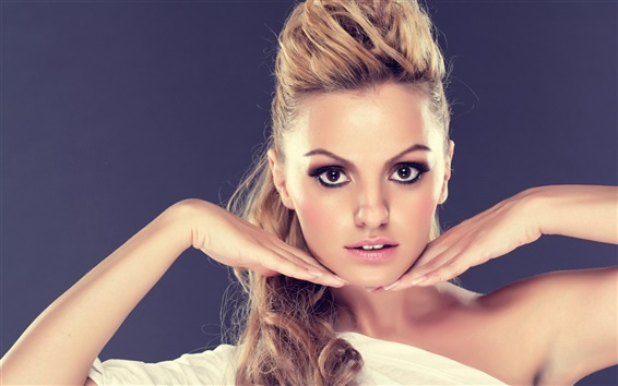 Wallpaper Alexandra Stan 02