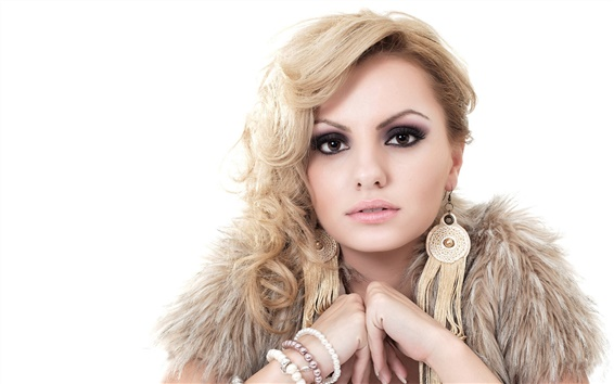 Wallpaper Alexandra Stan 04