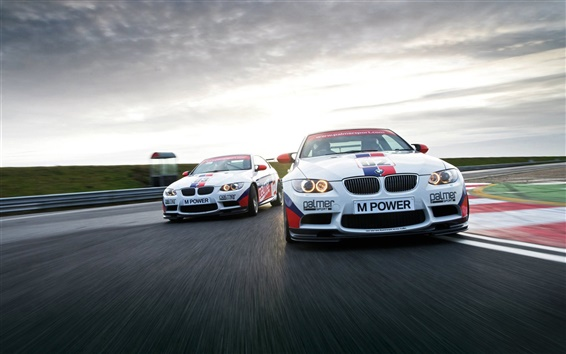 Wallpaper BMW M3 E92 Sports car in racing