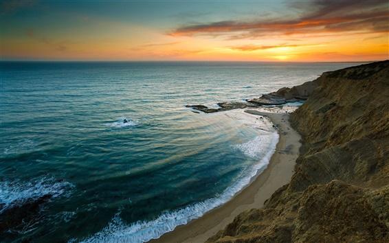 Обои Красивый восход солнца море, пляж