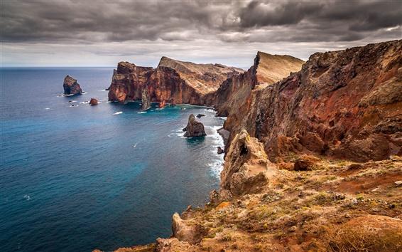 Wallpaper Beautiful scenery of the sea, coast rock cliff dark clouds