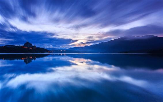 Fond d'écran Chine Taiwan, le soir le coucher du soleil, le bleu, les montagnes, le brouillard, lac, l'eau