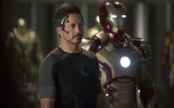 Wallpaper Robert Downey Jr. in Iron Man 3