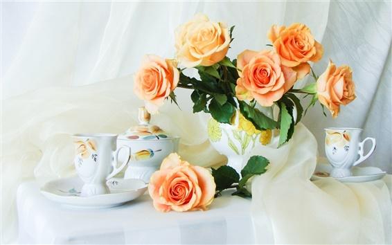 Обои Натюрморт на рабочий стол, оранжевые розы, чашки, вазы
