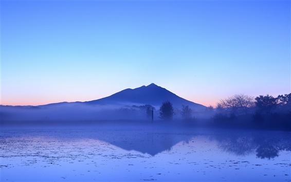 Hintergrundbilder Japanische Schönheit des frühen Morgens, See und Berge, Nebel, Bäume, blauer Himmel
