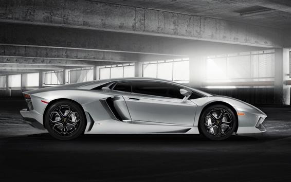 Обои Lamborghini Aventador LP700-4 серебристого цвета подсветки