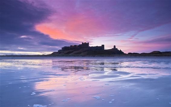 Fondos de pantalla Británico castillo, costa, crepúsculo, puesta de sol, lila, cielo, nubes