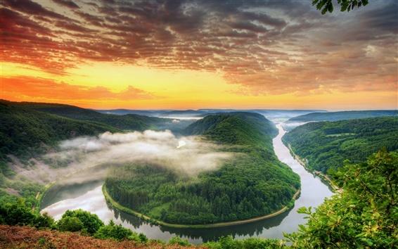 Fondos de pantalla Alemania paisaje, Saarland, la curva del río, montaña, puesta del sol, cielo anaranjado