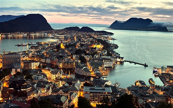 Wallpaper Norway Alesund city, night view, lights, sea, houses
