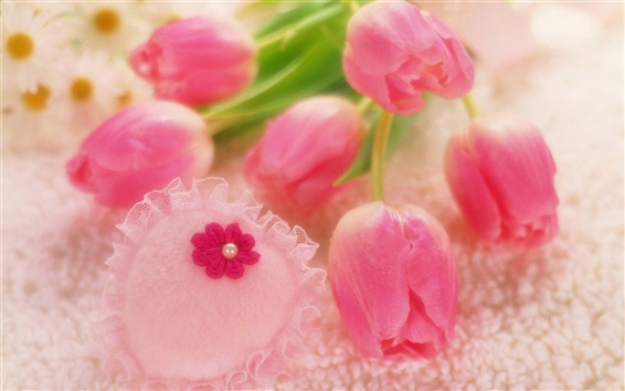 Wallpaper Romantic style, pink tulips, heart-shaped decorations