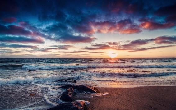 Обои Красивый восход солнца берег, море, волны, скалы, облака