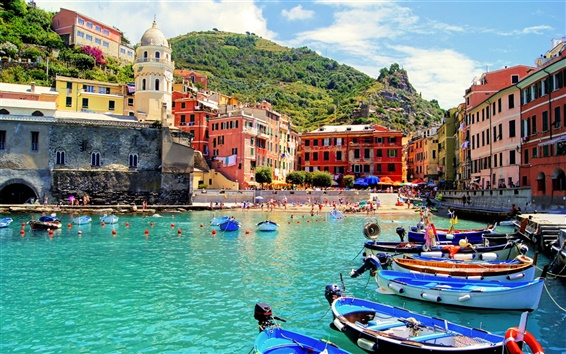Wallpaper Vernazza, Italy, city, sea, beach, boats, houses, people