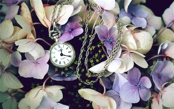 Papéis de Parede Flores com um relógio
