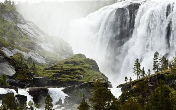Fondos de pantalla Espectacular cascada, pequeño pueblo pesquero de Sami, Noruega paisaje