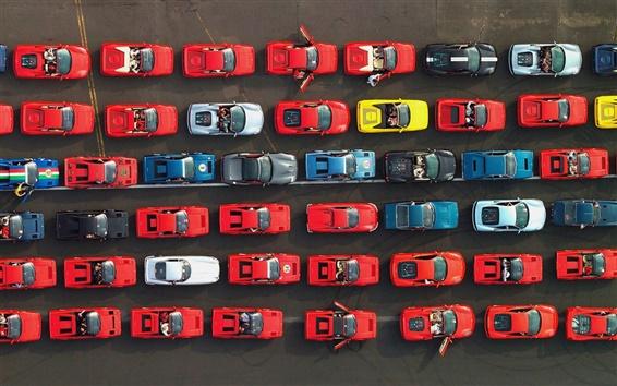 Обои Много различных суперкаров Ferrari в дороге