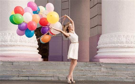 Wallpaper Smile girl, colorful balloons
