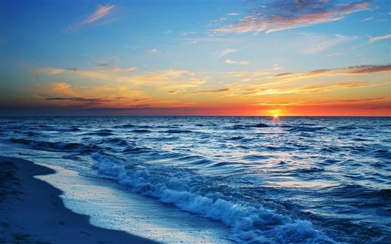 Обои Закат море, пляж, волны, синий, оранжевый небо