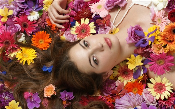 Wallpaper Girl lying flowers