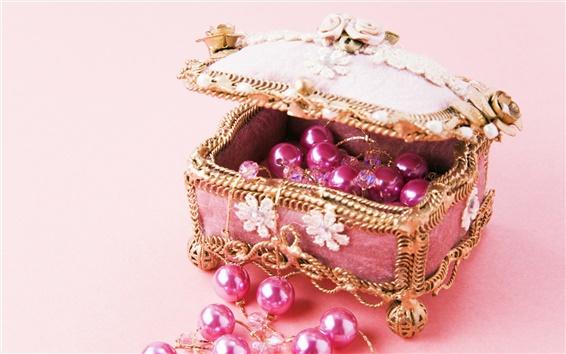 Обои Розовая коробка ювелирных изделий