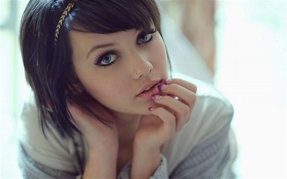 Wallpaper Black hair girl, rays