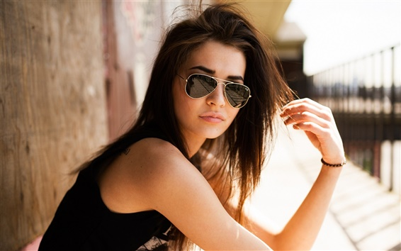 Wallpaper Girl with sunglasses