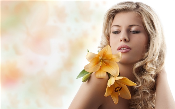 Fondos de pantalla Chica con flores amarillas