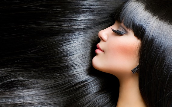 Wallpaper Girl beautiful brunette, smooth skin