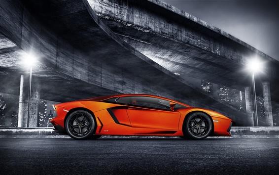 Обои Оранжевый Lamborghini суперкар, мост, ночь, огни
